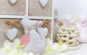 Gatto grande in pizzo san gallo bianco con cuore rosa - Collezione Shabby - €6,00